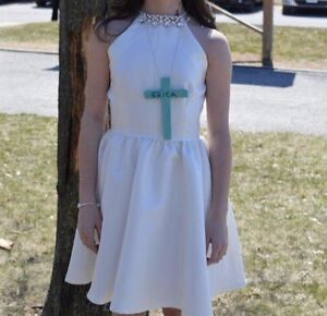 Chelsea white dress size 0 -$100
