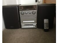 Panasonic SA-PM15 CD Stereo System with Speakers