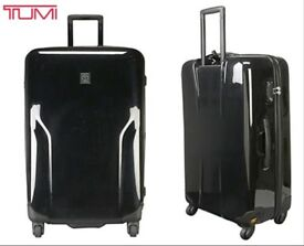 "Tumi T-Tech hard sided polycarbonate case (4 wheels) Black 29"""