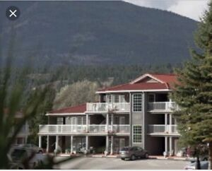 February 16 - 23 at Fairmont Riverside (20 km to Invermere)