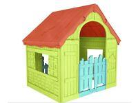 Folding playhouse