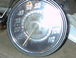 NICE USED 1940S SW 0-110 MPH SPEEDOMETER #580 OR 680 N11SW