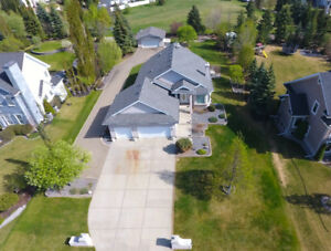 2 Bed + Den Bungalow on Estate Lot For Sale on Edge of Edmonton