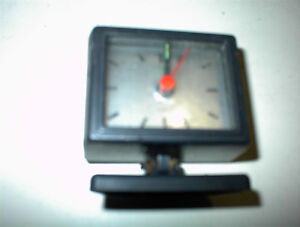NEW BATTERY OPERATED CLOCK TAKES AA BATTERY $5.00