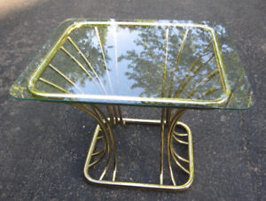 Mid Century Modern Curved Wire End Table
