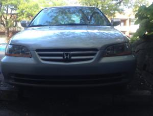 2000 Honda Accord LX Sedan (1400$)