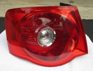 08 - 10 VW JETTA REAR TAIL LIGHT LEFT DRIVER USED OEM