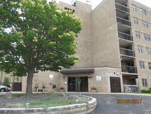 Condo Just listed in LaSalle. 1905 Normandy.  Only $184,900!!!