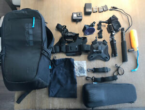 GoPro Hero 5 Black with GoPro bag, karma grip and accessories