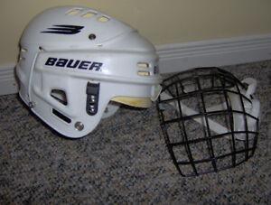 Bauer Boys Hockey Helmet