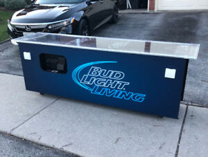 MAN CAVE Custom Bud Light Living Beer Pong Table