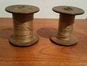 Antique Wooden Spools/ Bobines antiques en bois