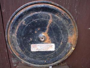 USED 1960S '18 DIAMETER OLDS ROCKET AIR CLNR TOP IN GC $20