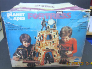 VINTAGE MEGO PLANET OF THE APES POTA FORTRESS  PLAYSET