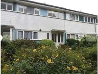3 bedroom house in Moss Hall Grove, West Finchley, N12