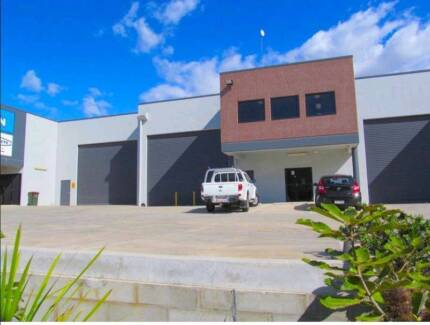 FOR RENT - 2 / 242 New Cleveland Road Office & Warehouse