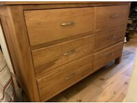 Solid oak large dresser/chest of drawers, excellent quality and condition, can deliver