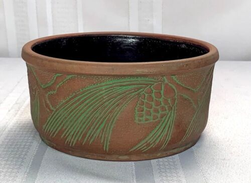 PETERS & REED, MOSS AZTEC PINE CONE PLANTER, ARTS & CRAFTS DESIGN, GREAT DETAIL~