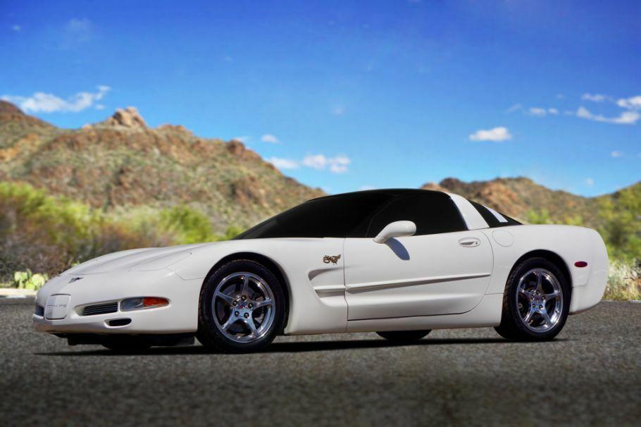 2003 White Chevrolet Corvette     C5 Corvette Photo 1