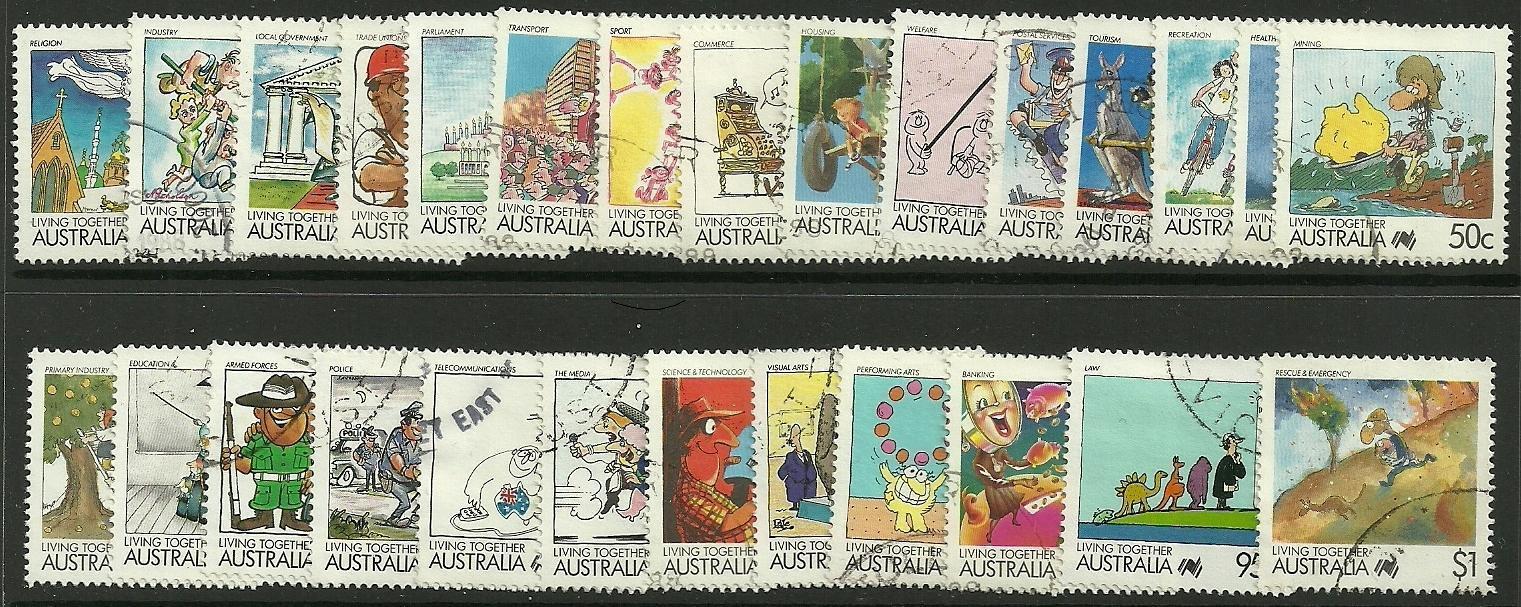 AUSTRALIA SG1111/36 1988 LIVING TOGETHER FINE USED