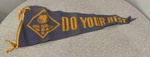 "Vintage Cub Scouts Boy Scouts of America ""Do Your Best"" Felt Pennant 1960"