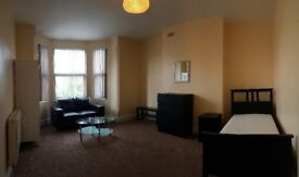 Very large double bedrooms ALL BILLS INCL, shared
