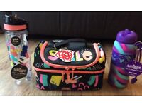Smiggle pack lunch and water bottle all - Brand new
