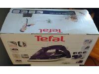 Tefal FV9640 Ultimate Anti Calc Steam Iron