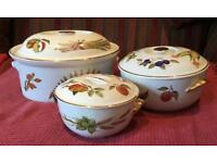 3 ROYAL WORCESTER EVESHAM AND WILD HARVEST CASSEROLE DISHES