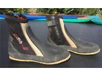 GUL Allpurpose Wetsuit/Sailing Boots size uk 5 Zip Sides