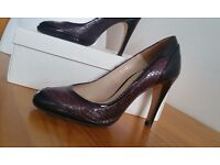 REISS court shoes sz 5 (38) burgundy stiletto Walthamstow E17