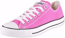 BRAND NEW Pink Converse SIZE 7