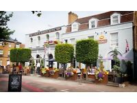 Bar and Floor Server at Coach and Horses, TW9 3BH/ Full Time
