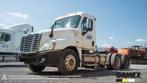 2008 FREIGHTLINER CASCADIA  DAY CAB TRUCK