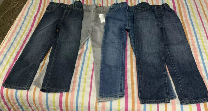 The Childrens Place Boys Jeans Size 5T (Lot) 4 Pair
