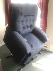 Pride recliner lift chair - great for seniors!