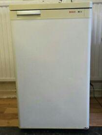 Bosch undercounter freezer. Ideal garage