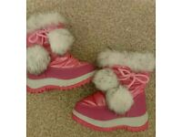Girls infant snow/ winter boots size7