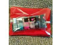 Nail varnish and cosmetic gift packs