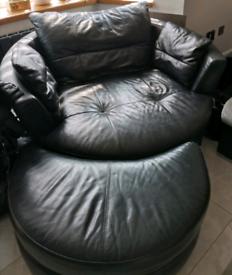Swirel sofa