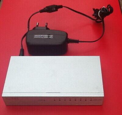 Zyxel GS-108B 8 Port Gigabit Desktop Switch im Metallgehäuse