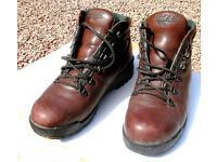 Ladies Hy-Tec Hiking Boots Size 6