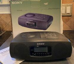 Sony ICF CD820 CD Player LCD Digital AM/FM Stereo Alarm Clock Radio Plays Great!