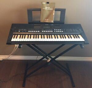 Yamaha PSR E433 Digital Keyboard with stand