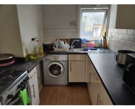 RENT LARGE DOUBLE ROOM FOR OCT21 IN EAST HAM