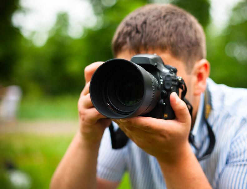 Lassen sich alle Kameras mit Augenmuscheln nachrüsten?