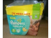 Pampers baby-dry 2x74 pack