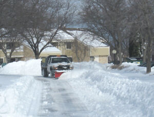 Service Gladiator SERVICES SNOW REMOVAL