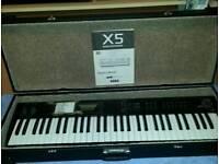 KORG X5 MUSIC SYNTHESIZER