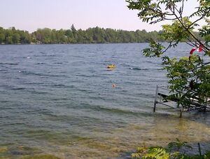 WATERFRONT HOME ON OTTER LAKE IN LOMBARDY/SMITHS FALLS